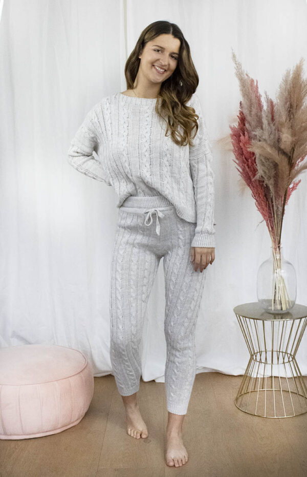 Knitted homewear set grijs