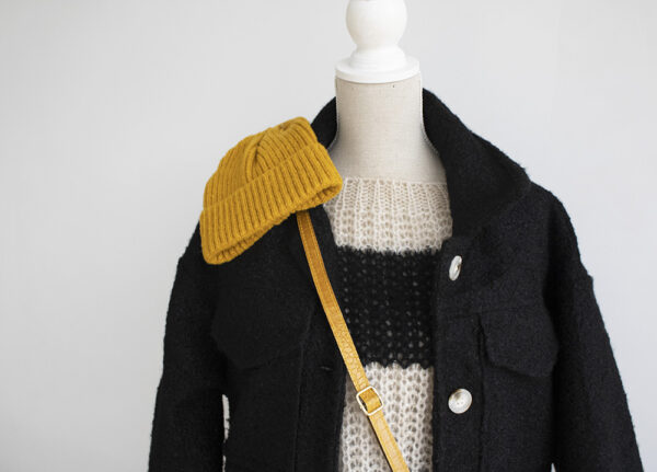 Jas dameskleding broek knitwear muts handtas dames