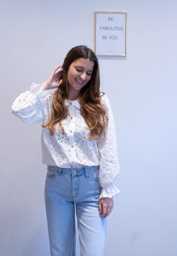 Blousen jeans sneakers dameskleding online fashion boutique