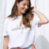 T-shirts broeken jeans sneakers dameskleding online fashion boutique